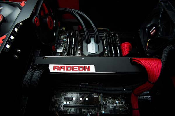 Корпорация AMD представила видеокарту Radeon Pro Duo с производительностью 16 TFLOPS